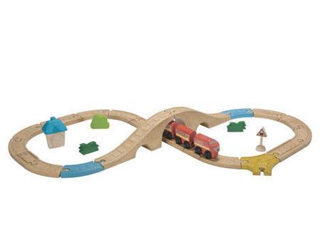 Drewniana kolejka ŚREDNIA - zestaw: kolejka, tory, figurki, wagoniki na magnesy, Plan Toys, PLTO-6606
