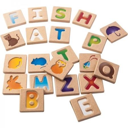 Drewniane literki do nauki dla dzieci - litery wraz z obrazkami, pierwsze słowa, Plan Toys