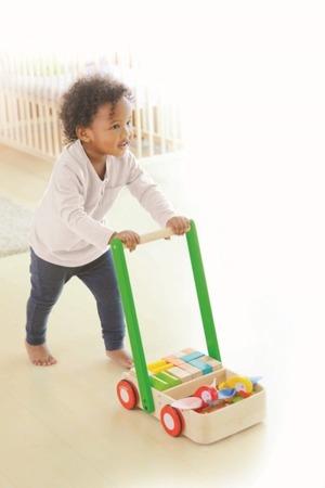 Drewniany chodzik z ptaszkami - wózek pchacz, Plan Toys